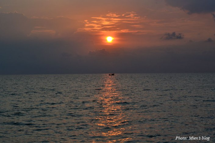 Sunset by Long Beach in Phu Quoc Island, Vietnam