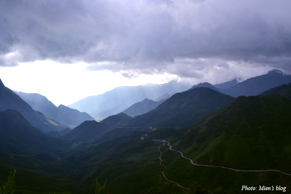 And here is the best view of Hoang Lien Son mountain range