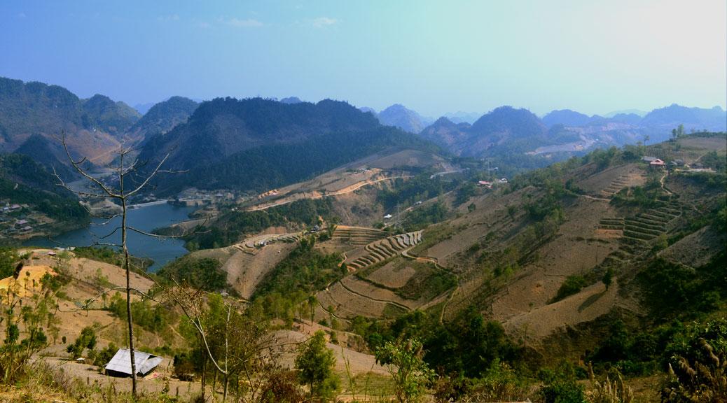 Road Trip: Hanoi – Moc Chau – Son La – Pha Din