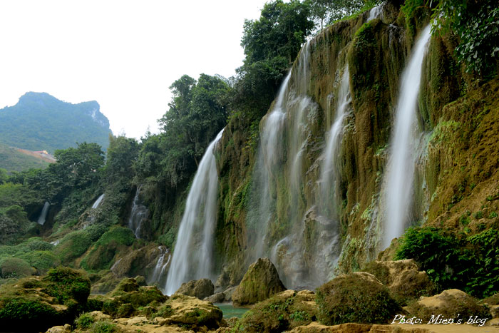 Cao-Bang-Ban-Gioc-Waterfalls-Mien-Blog-1