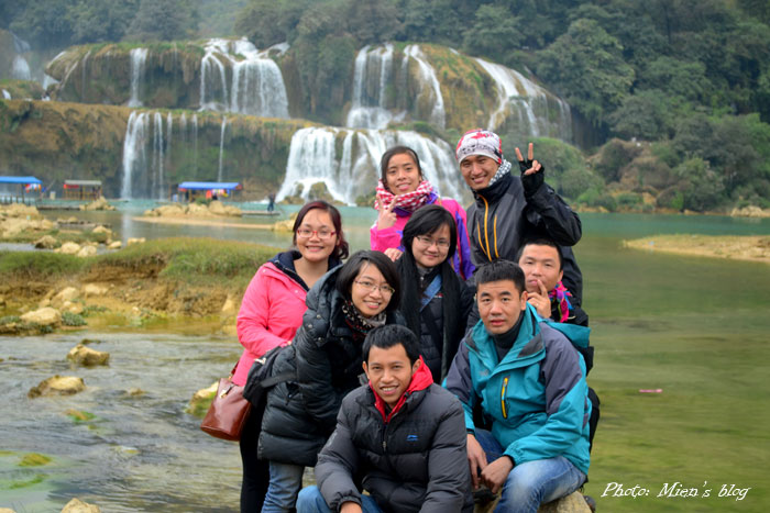The whole team in front of Ban Gioc Waterfalls